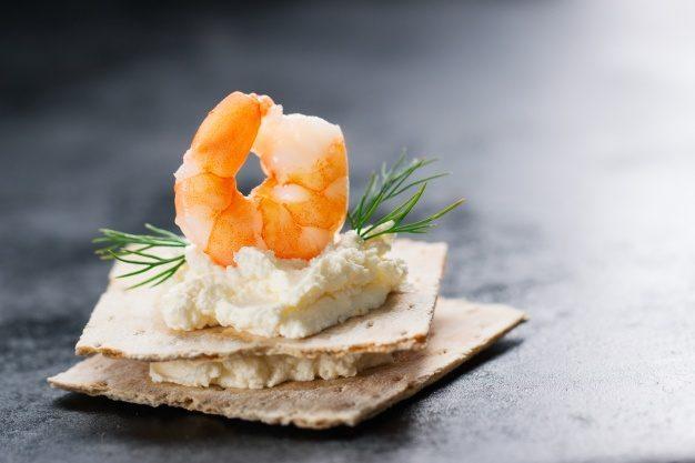 prawn-top-with-cheese-underneath_1220-622.jpg